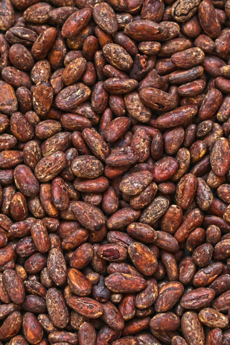 Bean to bar industrial e artesanal na confeitaria