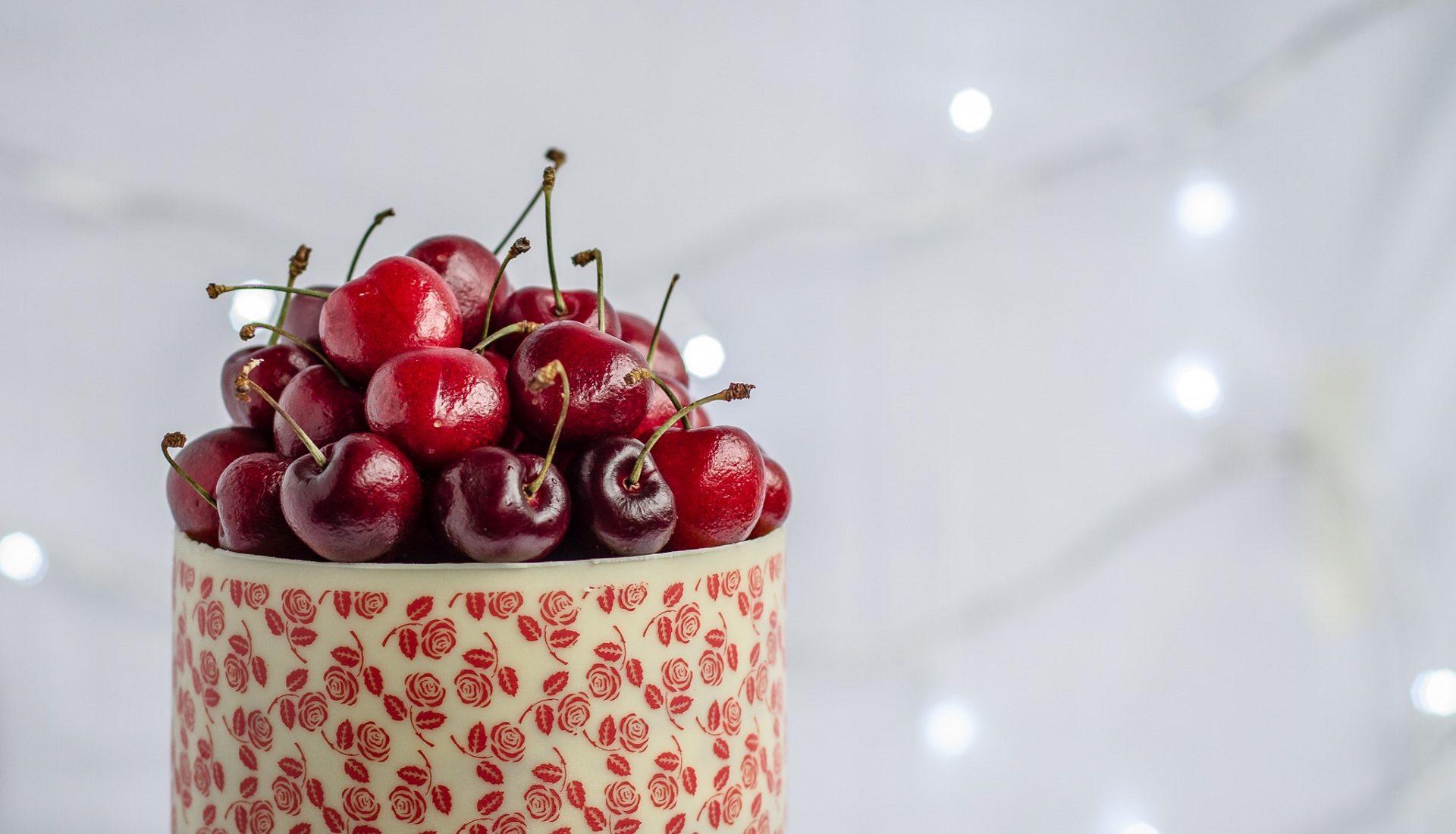 Veludo Vermelho | massa red velvet com recheio de iogurte